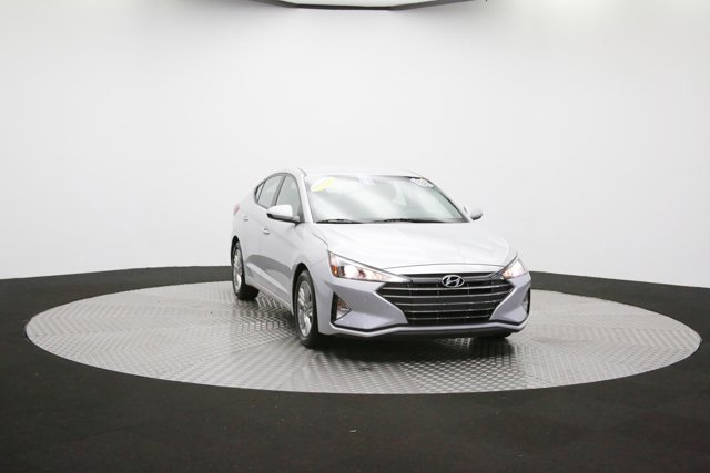 2019 Hyundai Elantra for sale 124300 46