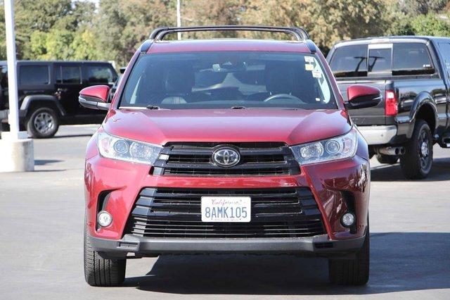 Used 2017 Toyota Highlander SE Sport Utility 4D