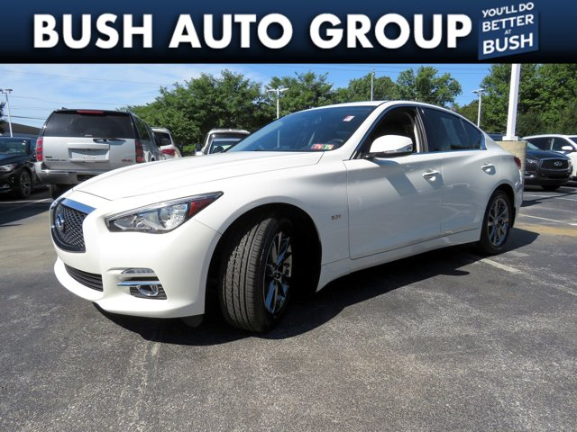 2017 INFINITI Q50 3.0t Signature Edition 3.0t Signature Edition AWD Twin Turbo Premium Unleaded V-6 3.0 L/183 [6]