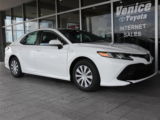New 2020 Toyota Camry Hybrid in Fort Worth, TX