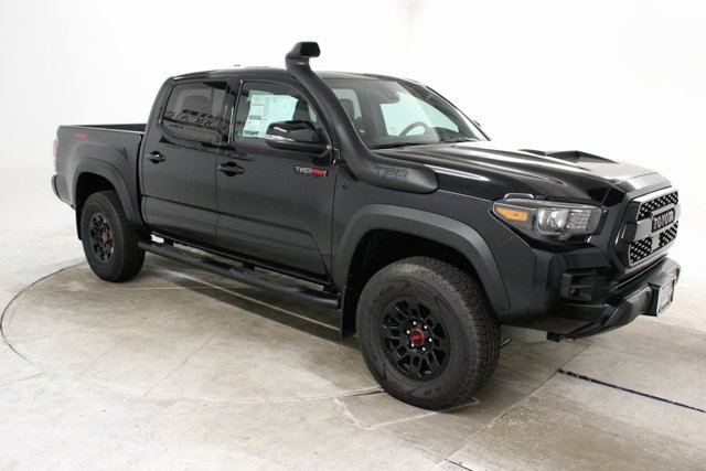 New 2019 Toyota Tacoma in Cleveland, OH