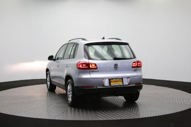 2017 Volkswagen Tiguan for sale 122838 59