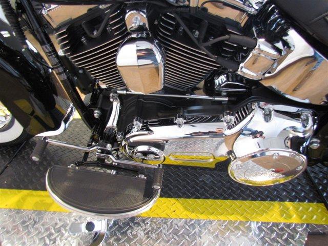 2017 Harley Davidson FLSTC - Heritage Softail® Classic