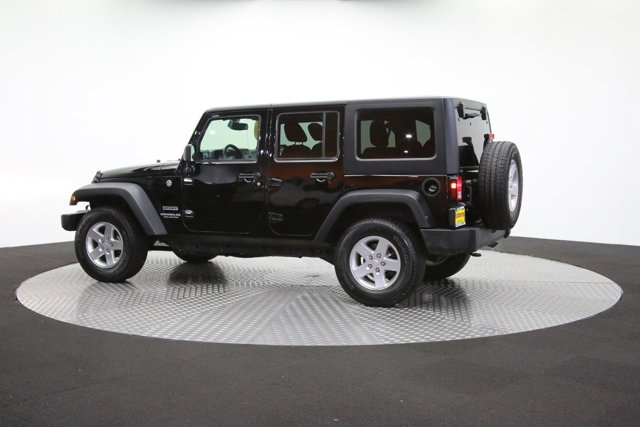 2016 Jeep Wrangler Unlimited 124726 57