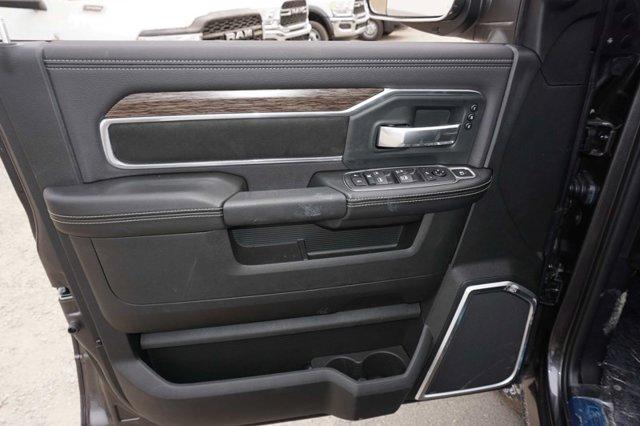 New 2020 Ram 2500 Laramie 4x4 Crew Cab 8' Box