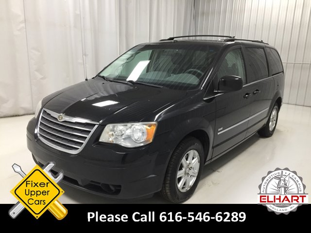 Used 2008 Chrysler Town & Country in Holland, MI