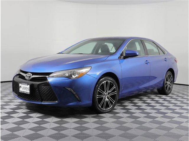 2016 Toyota Camry SE Special Edition Sedan 4D