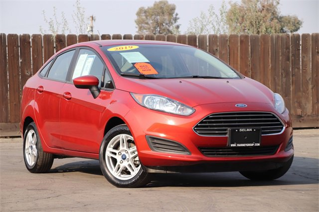 2019 Ford Fiesta SE SE Sedan Regular Unleaded I-4 1.6 L/97 [12]
