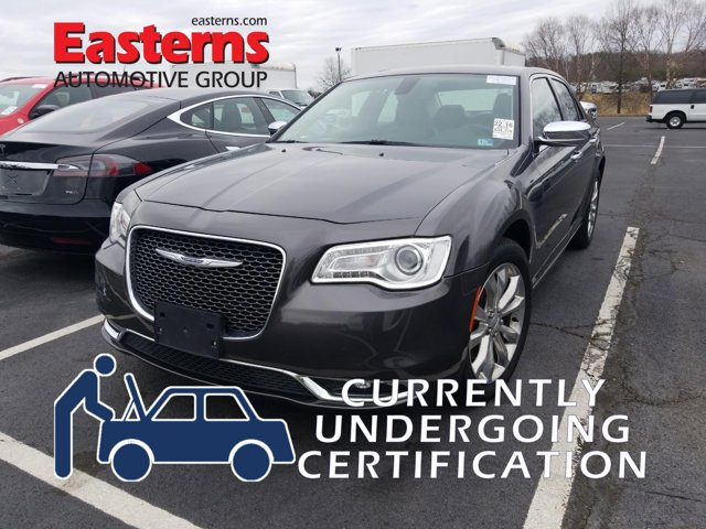 2019 Chrysler 300 Limited 4dr Car