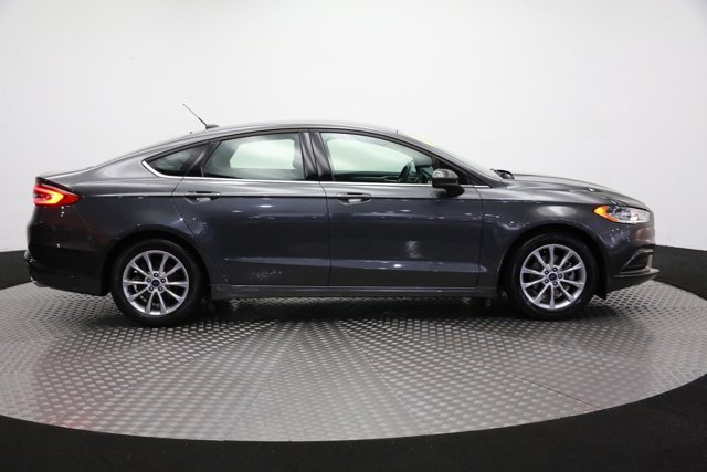 2017 Ford Fusion for sale 121651 3