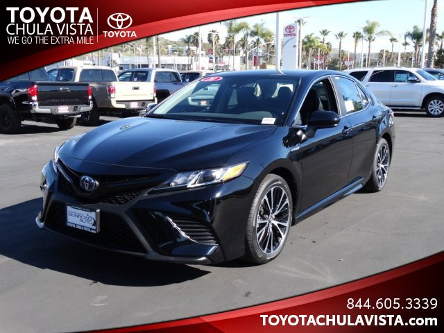 New 2020 Toyota Camry Hybrid in Chula Vista, CA