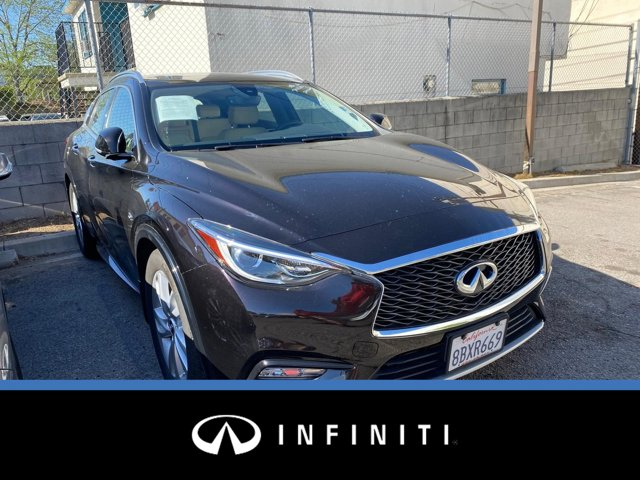 2018 INFINITI QX30 Premium Premium FWD Intercooled Turbo Premium Unleaded I-4 2.0 L/121 [3]