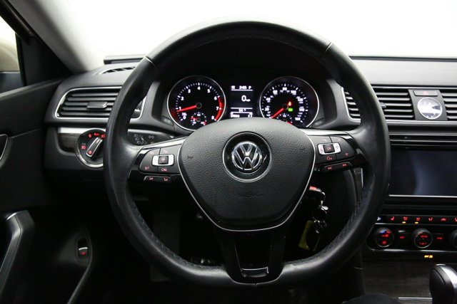 2016 Volkswagen Passat for sale 122793 13