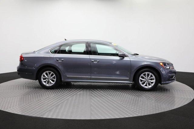 2017 Volkswagen Passat for sale 124425 3