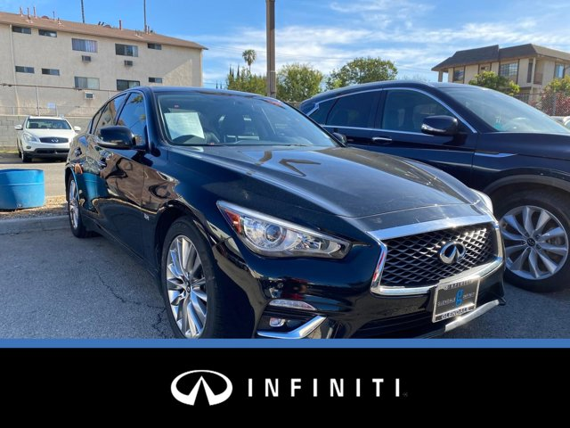 2018 INFINITI Q50 3.0t LUXE 3.0t LUXE RWD Twin Turbo Premium Unleaded V-6 3.0 L/183 [6]