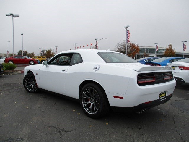 New 2016 Dodge Challenger 2dr Cpe SRT 392