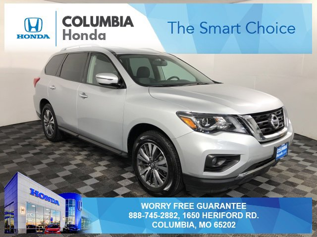 Used 2018 Nissan Pathfinder in Columbia, MO