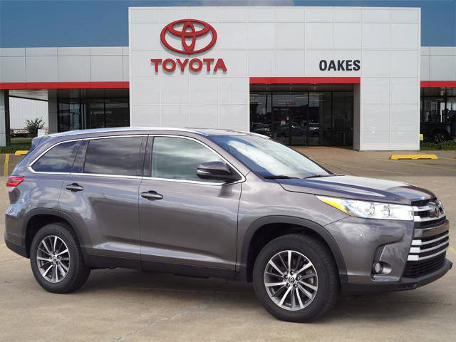 Used 2019 Toyota Highlander in Greenville, MS