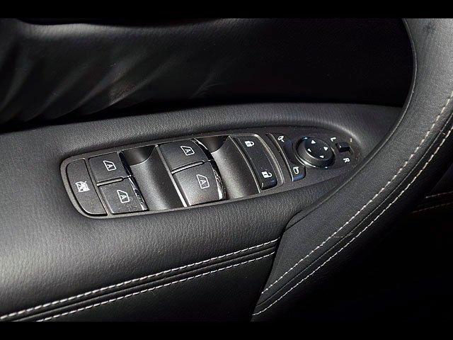 2015 INFINITI QX80 Driver Assist 8 Passenger AWD Navigation 22