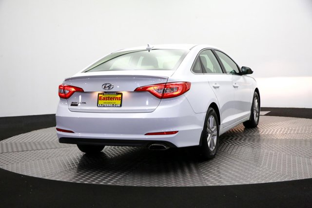 2016 Hyundai Sonata for sale 122705 4