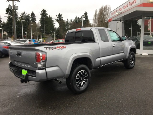 2020 Toyota Tacoma TRD Sport Access Cab 6' Bed V6 MT