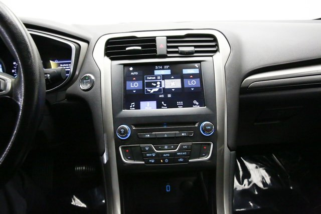 2017 Ford Fusion for sale 121651 10