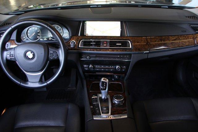 2015 BMW 7 SERIES 740Li 14