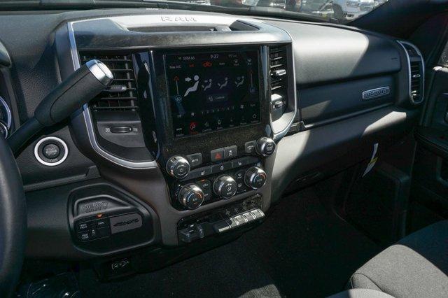 New 2020 Ram 2500 Big Horn 4x4 Crew Cab 6'4 Box