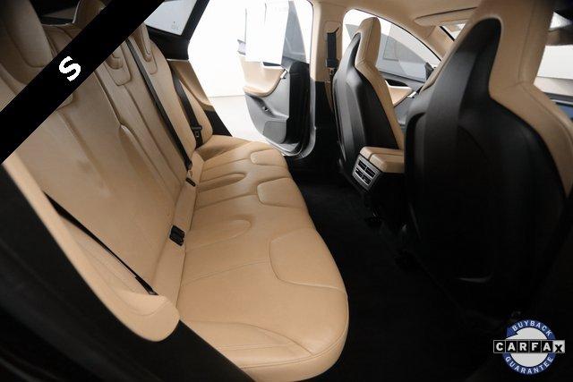 2013 Tesla Model S  11