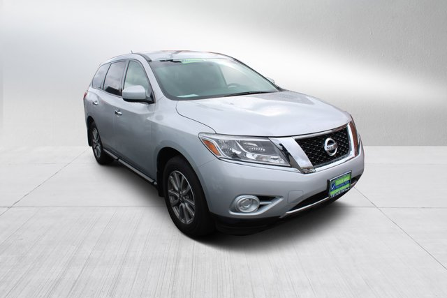 Used 2015 Nissan Pathfinder in Tacoma, WA