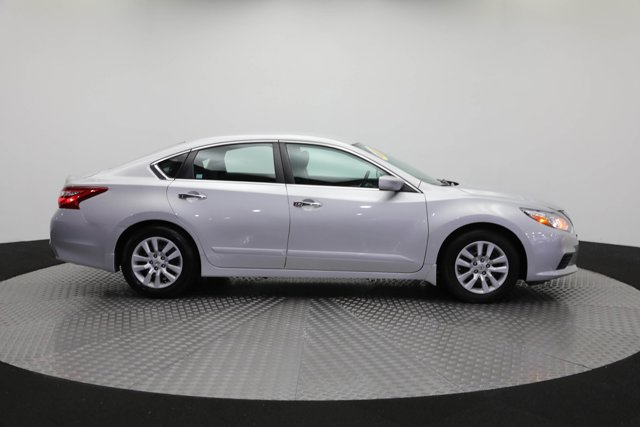 2017 Nissan Altima for sale 125631 3