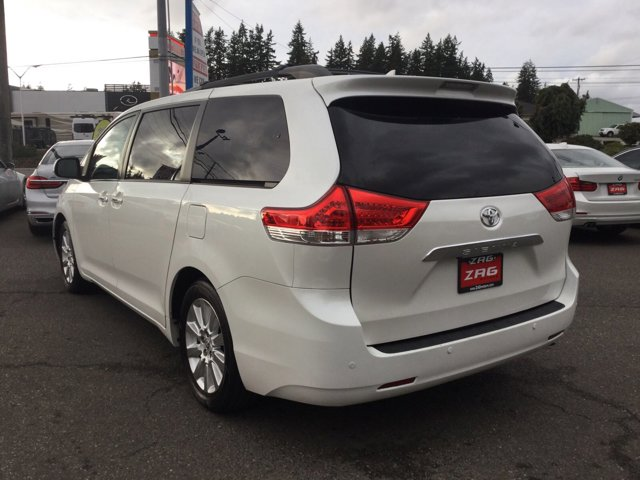 Used 2011 Toyota Sienna 5dr 7-Pass Van V6 XLE FWD