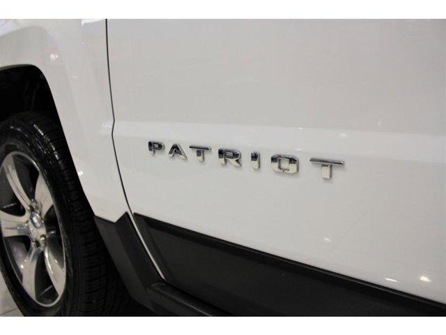 2017 Jeep Patriot Latitude photo
