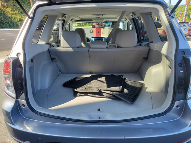 Used 2011 Subaru Forester 4dr Auto 2.5X Premium w-All-W Pkg and TomTom Nav