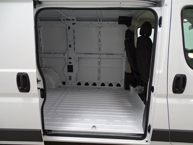 2017 RAM ProMaster 1500 Low Roof-136In Wheelbase
