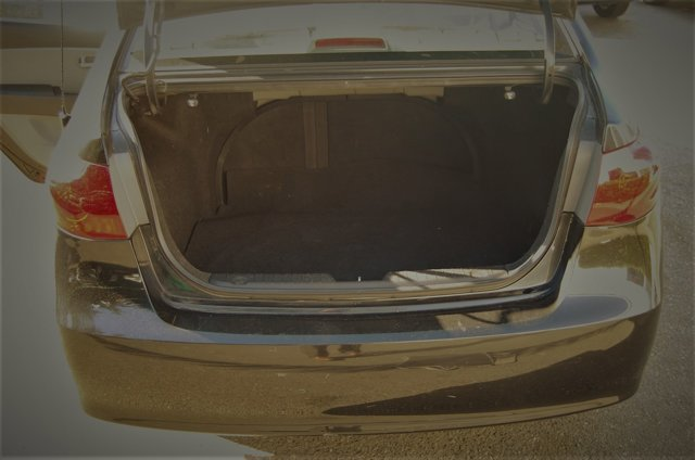 Used 2007 Hyundai Elantra 4dr Sdn Manual SE w-XM