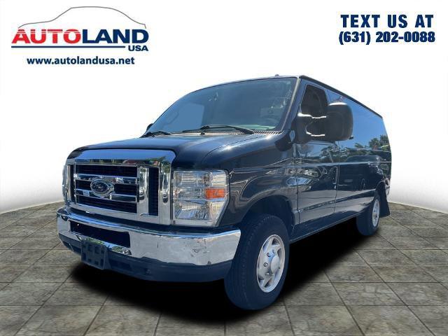 2014 Ford Econoline Cargo Van  Regular Unleaded V-8 4.6 L/281 [0]