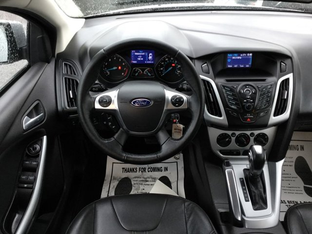 Used 2014 Ford Focus 4dr Sdn SE