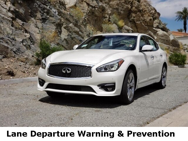 2019 INFINITI Q70 5.6 LUXE 5.6 LUXE AWD Premium Unleaded V-8 5.6 L/339 [0]