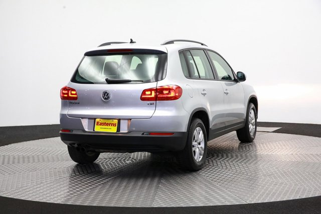 2017 Volkswagen Tiguan for sale 121318 4