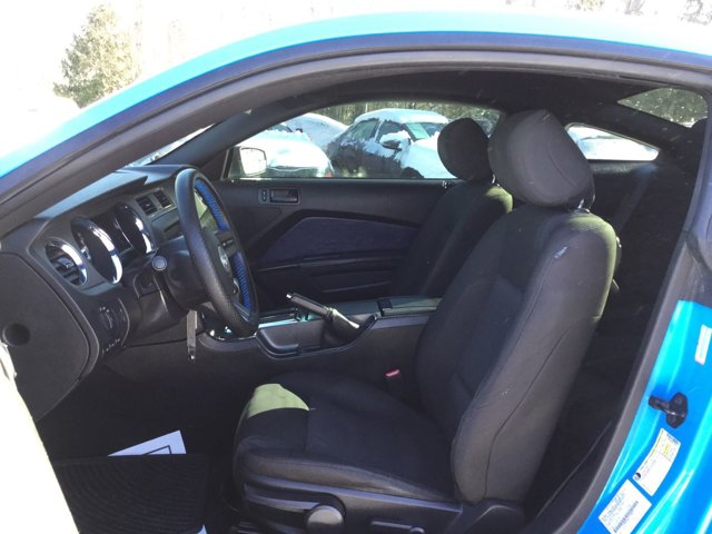 Used 2012 Ford Mustang 2dr Cpe V6