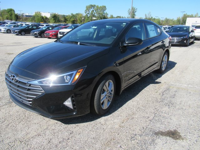 New 2020 Hyundai Elantra in Olathe, KS