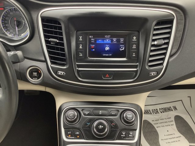 Used 2015 Chrysler 200 4dr Sdn Limited FWD