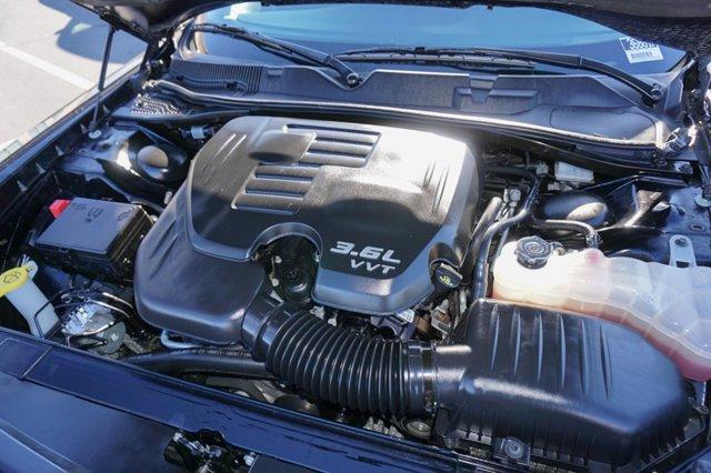 Used 2019 Dodge Challenger SXT RWD