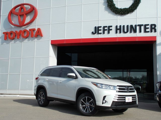 New 2019 Toyota Highlander in Waco, TX