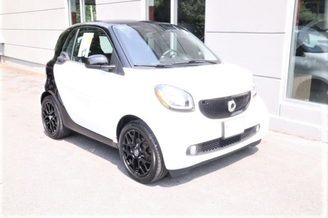 Used 2017 smart fortwo in Concord, NH