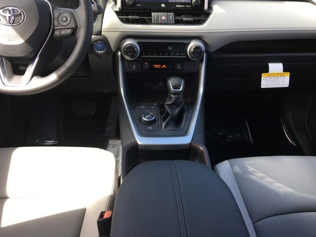 New 2020 Toyota RAV4 Hybrid Limited AWD