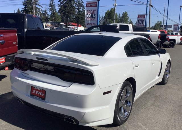 Used 2013 Dodge Charger 4dr Sdn SXT RWD