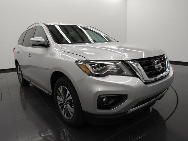 Used 2017 Nissan Pathfinder in Denham Springs, LA