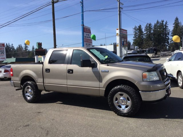 Used 2006 Ford F-150 SuperCrew 139 XLT 4WD
